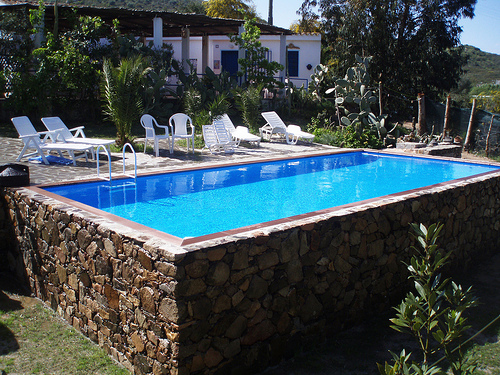 In ground pools outdoor living for Piscine blue design